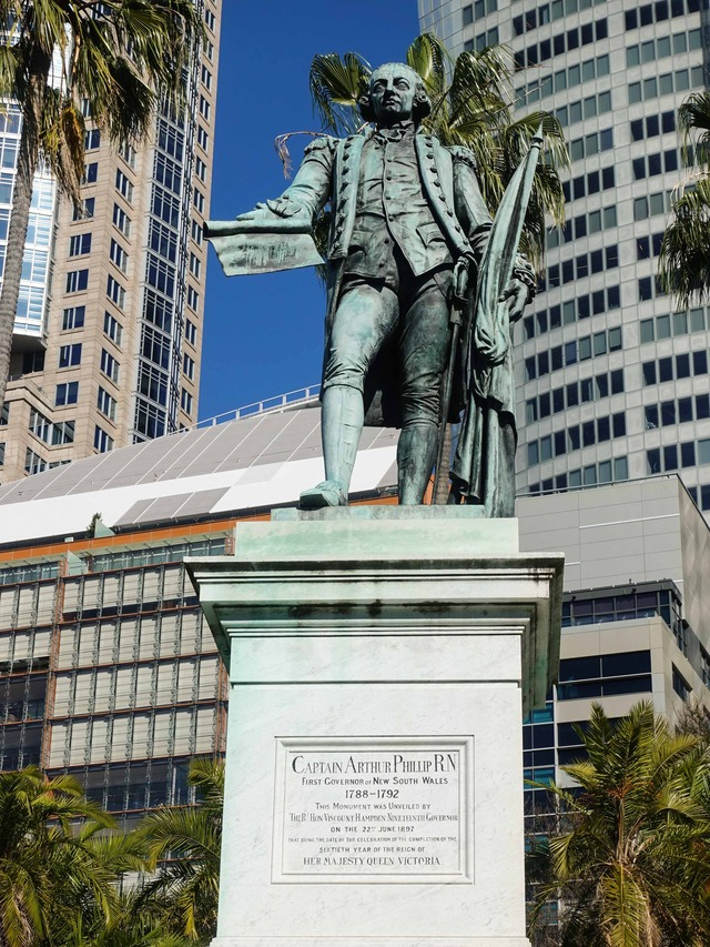 Governor Phillip Fountain 4_edit