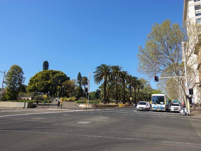 Macquarie St と Bridge St の交差点 4_edit