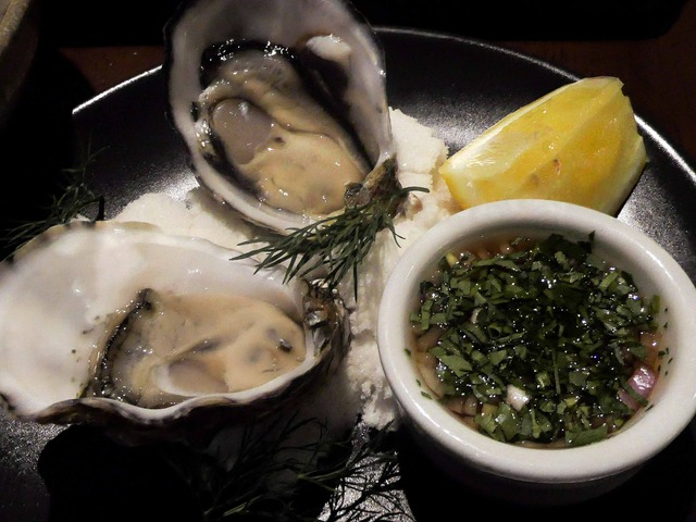 Oysters (natural) 1_edit