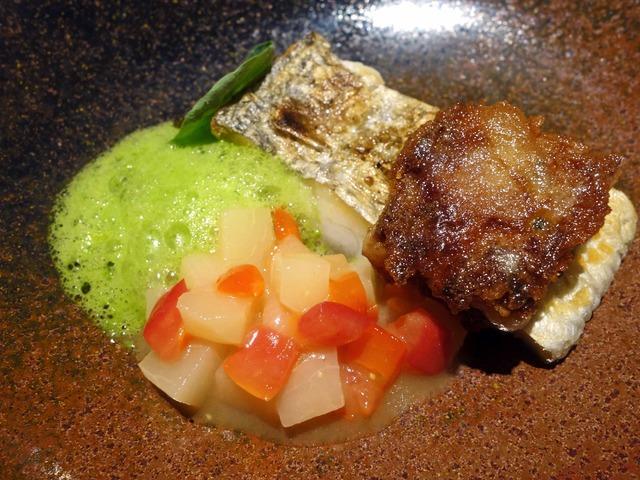 太刀魚のポワレと豚足のガレット 3_edit