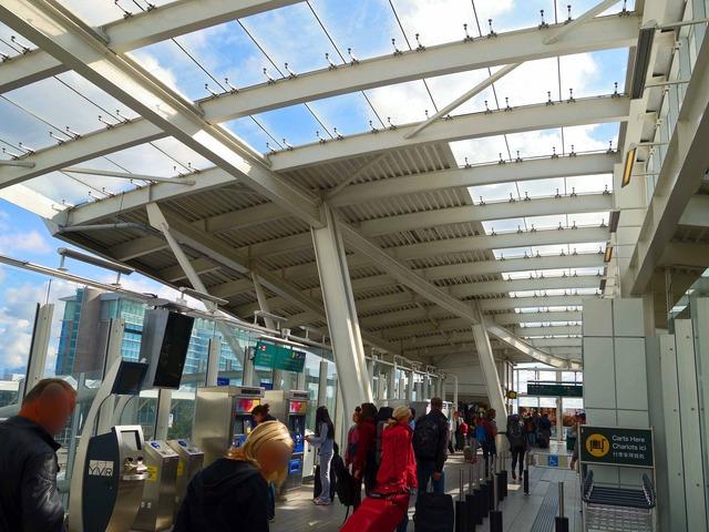 YVR Airport 駅 20_edit