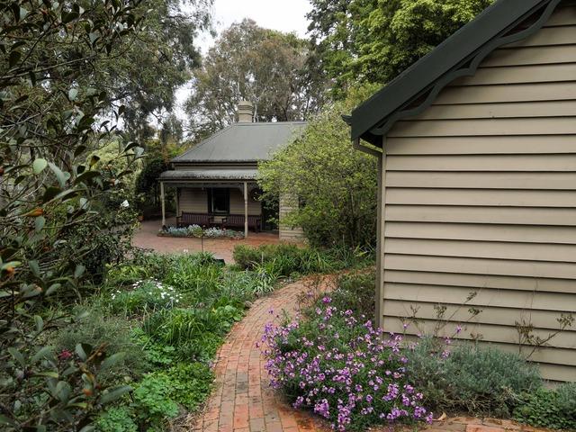 Plant Craft Cottage 4_edit