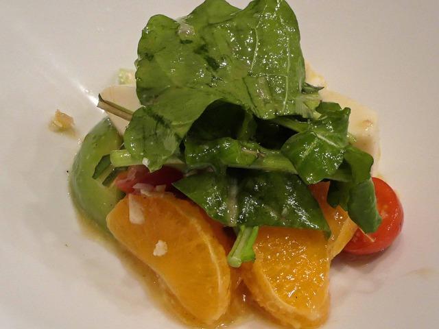 モッツアレラと青トマト,みかんのサラダ,ルッコラ添え 9_edit