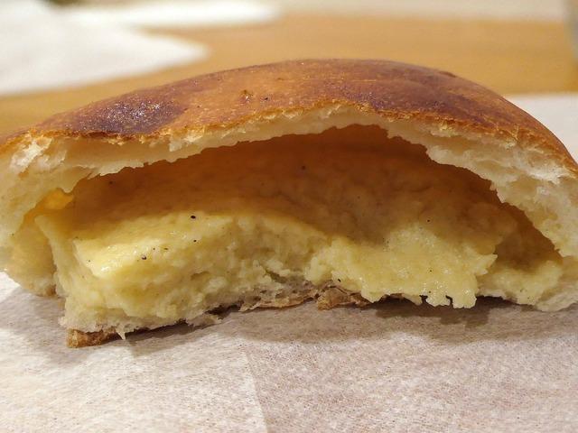 クリームパン 3_edit