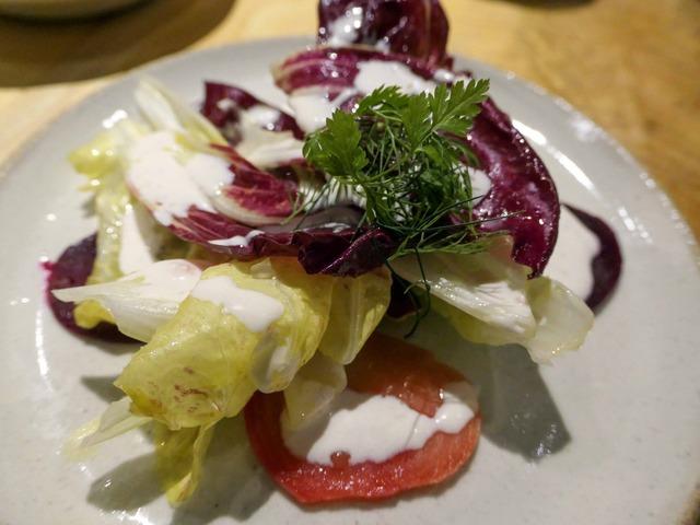 チコリとビーツのサラダ,梅干しクリーム 3_edit