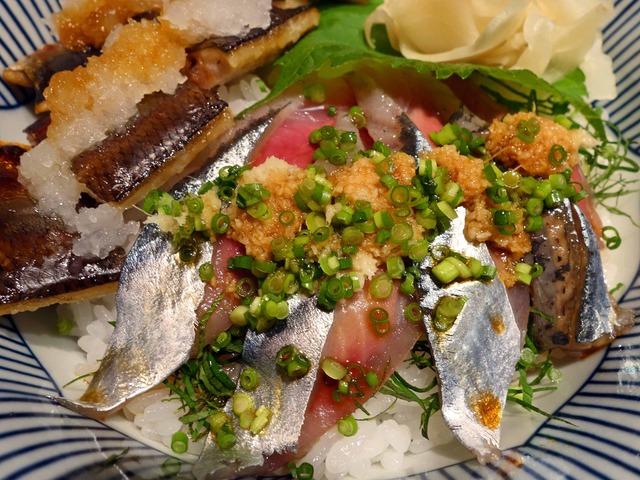 秋刀魚二色丼 4_edit
