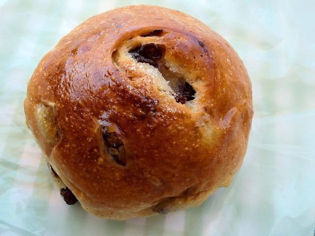 ぶどうパン 3_edit