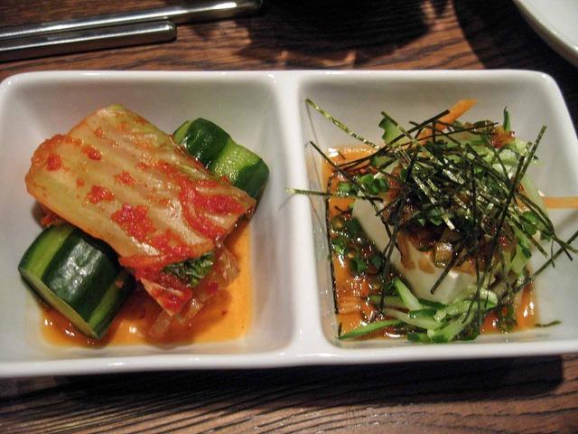キムチ盛と辛味豆腐_edit