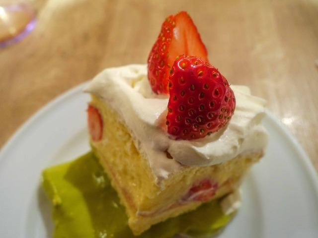 イチゴとピスタチオの39ショートケーキ 9_edit
