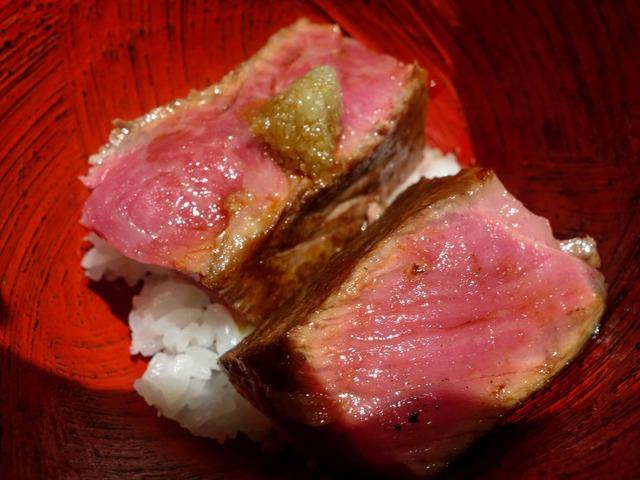 牛肉炙り飯 1_edit