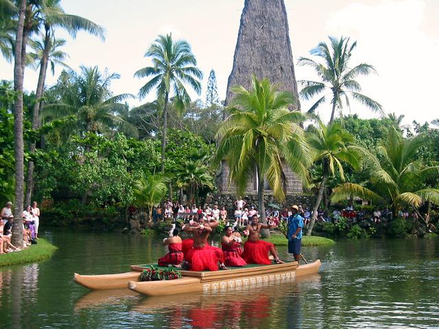 Polynesian Cultural Center・カヌー・ページェント 4_edit