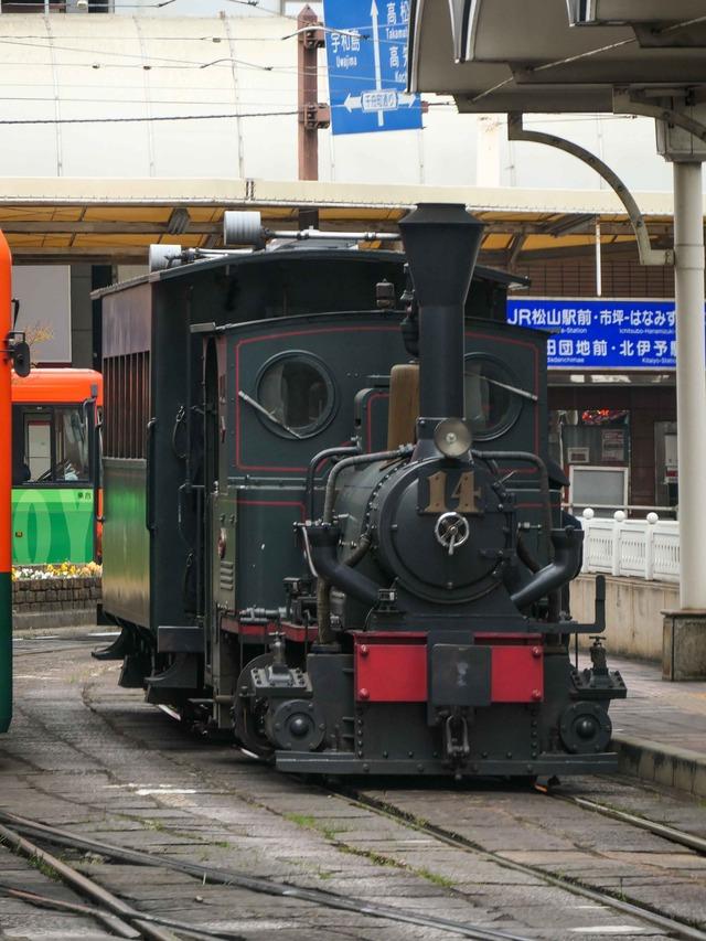 坊っちゃん列車 1_edit