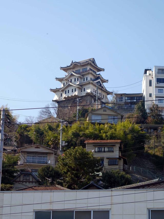 国道2号線から尾道城を望む 3_edit