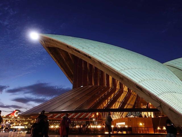 夜のオペラハウス 2_edit