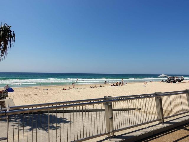 Surfers Paradise Beach 11_edit