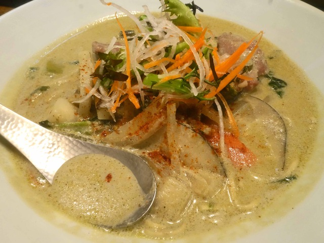 グリーンカレー麺 4_edit