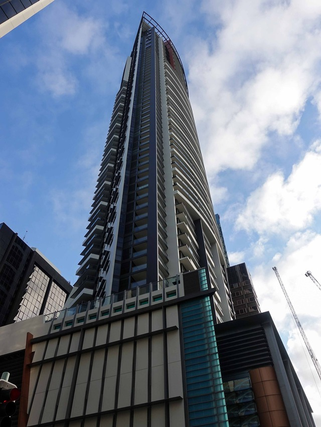 Oaks Aurora Tower 5_edit
