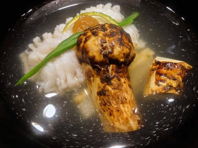 鱧と松茸,ずいき,ごぼうのお椀 3_edit