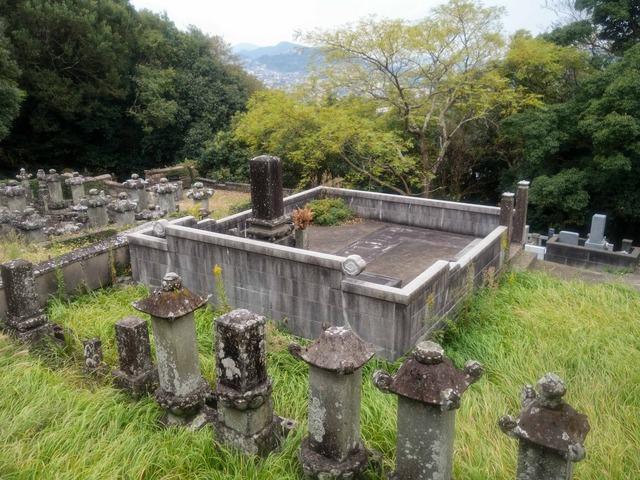 上野彦馬の墓 3_edit