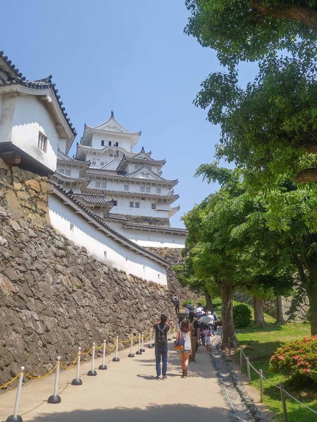 にの門の東側の石垣 1_edit