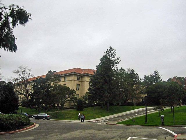 UCバークレー・キャンパス 2_edit