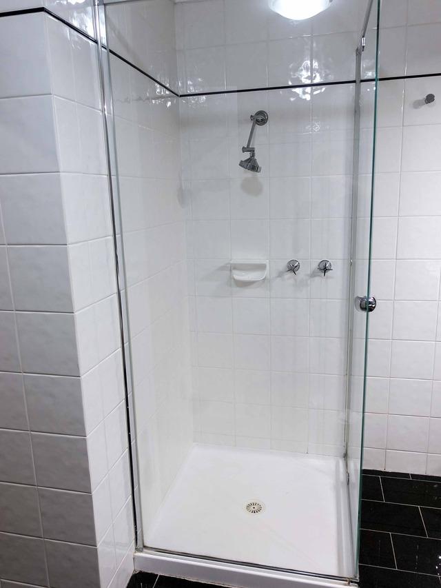 シャワーブース 2_edit