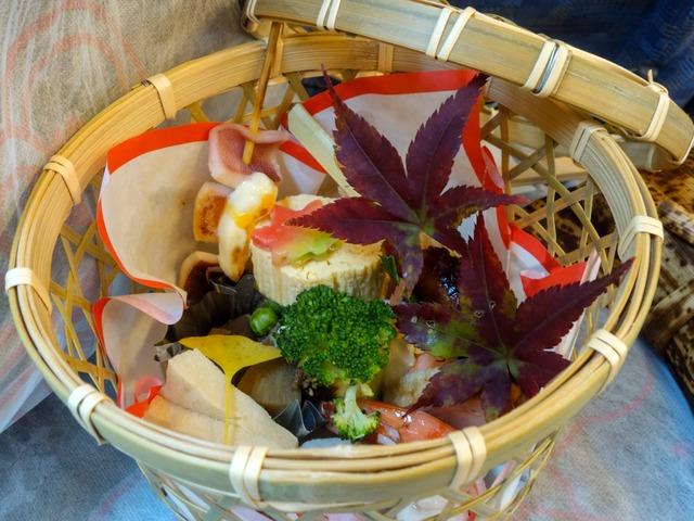 竹の篭弁当 1_edit