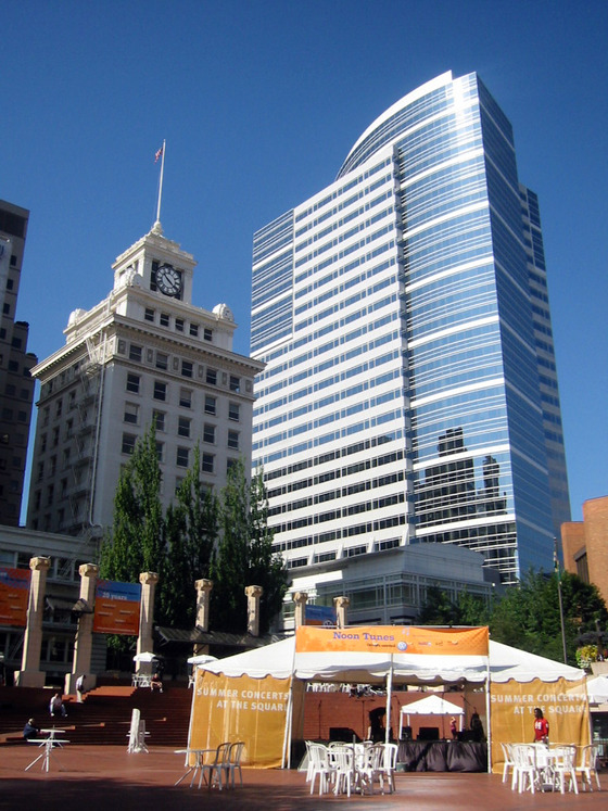 Pioneer Courthouse Square 3_edit