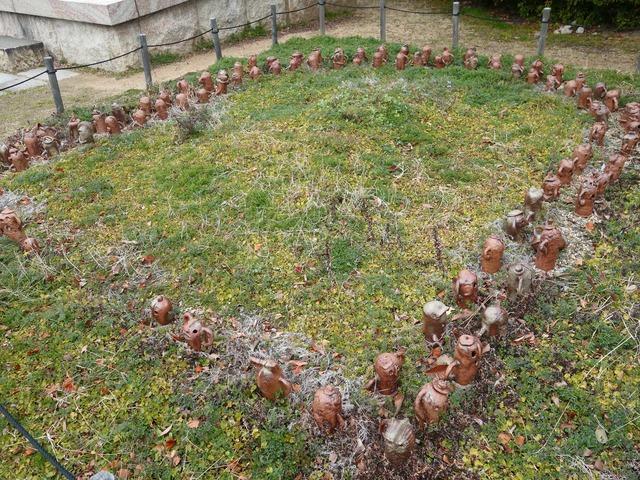 埴輪で作った花壇 2_edit