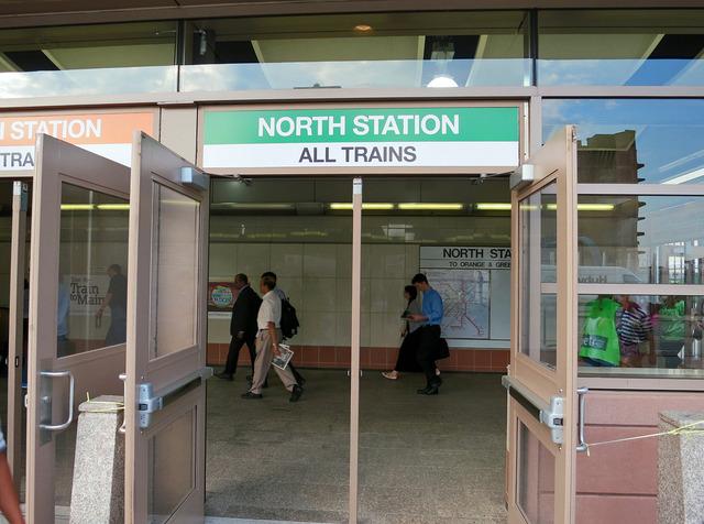 North Station 駅 2_edit
