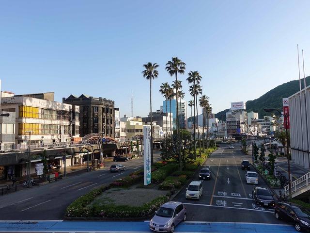 JR 徳島駅前の通り 2_edit