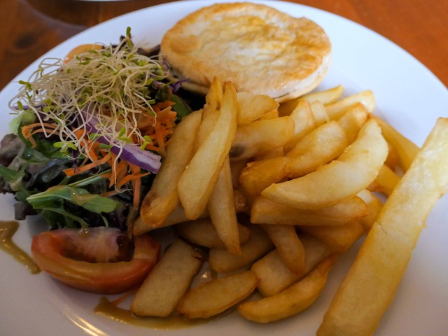 Beef Burgundy, chips and salad 2_edit