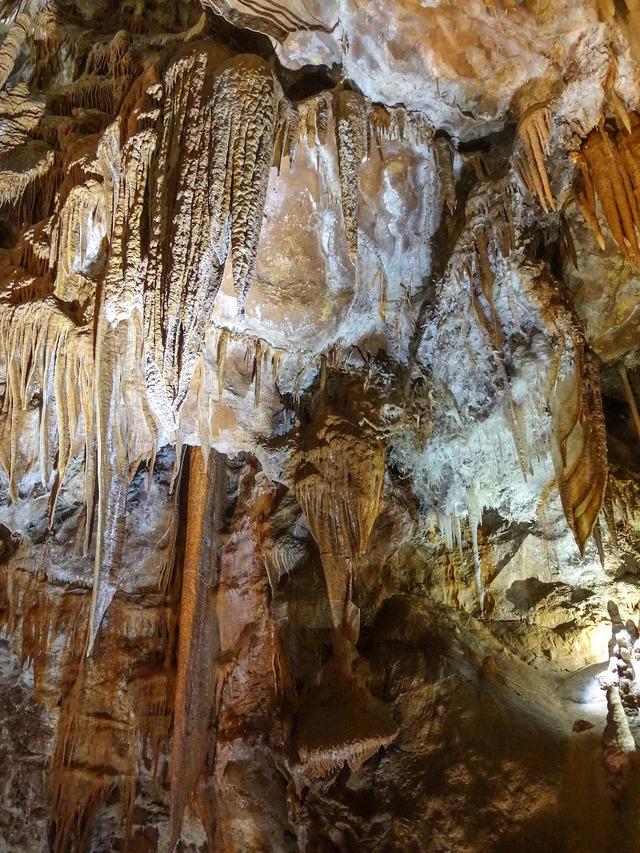 Orient Cave 66_edit