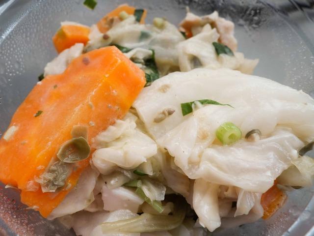 春キャベツと新人参のサラダ,森林鶏の薫製 5_edit