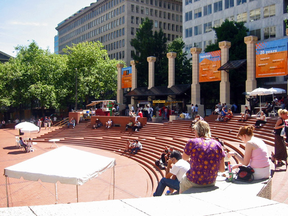 Pioneer Courthouse Square 1_edit