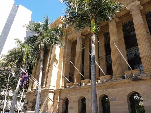市庁舎 12_edit