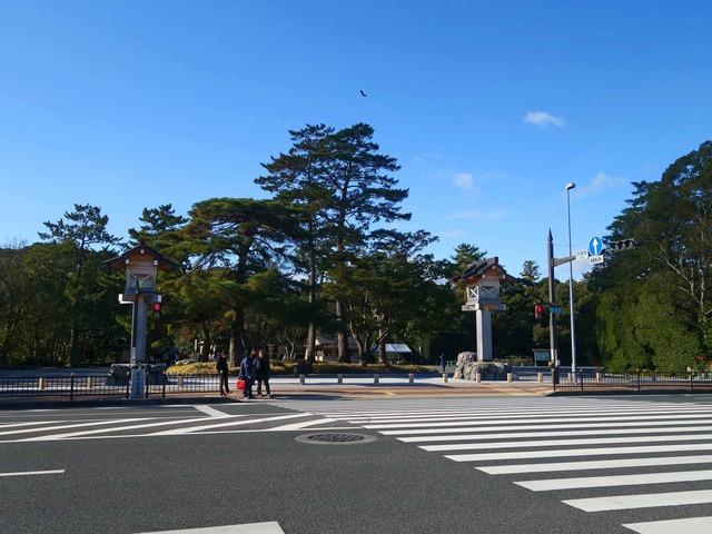 外宮前の御木本道路 1_edit
