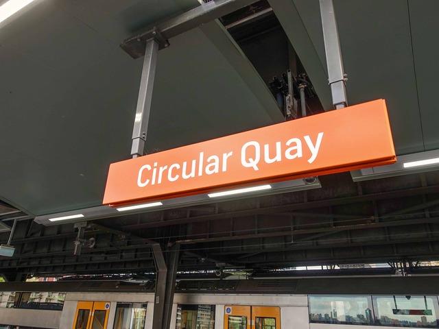 Circular Quay 駅 21_edit