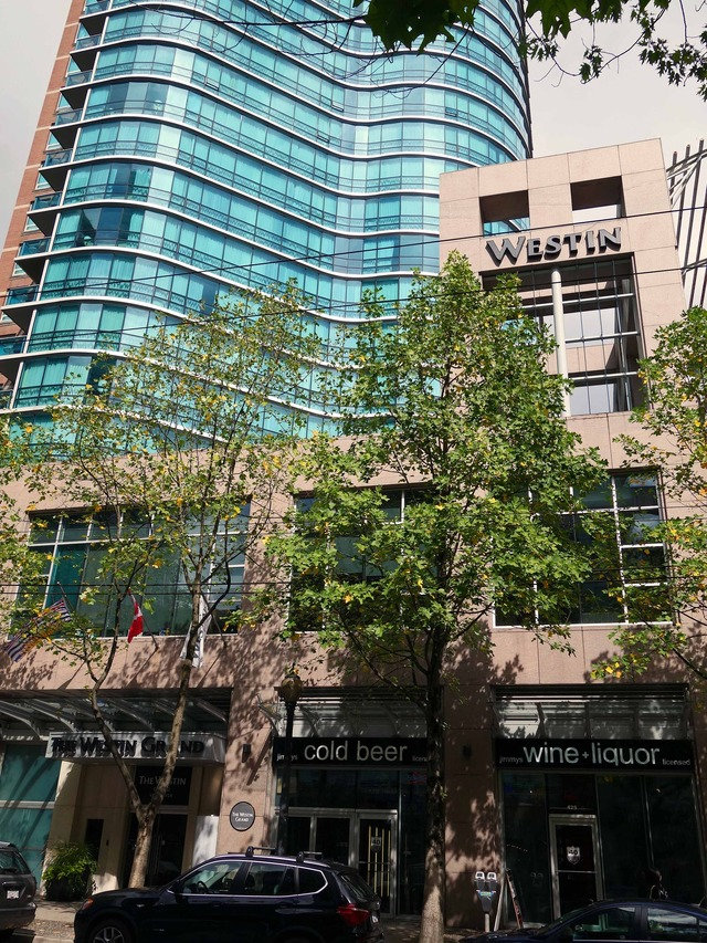 Westin Grand Vancouver 3 @Robson St_edit