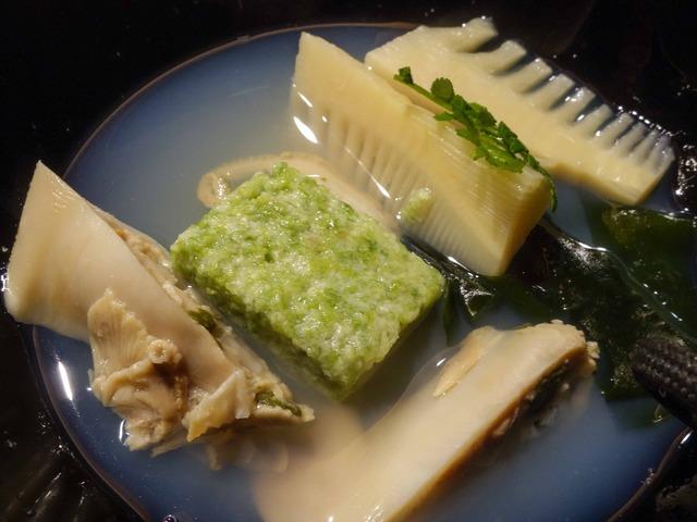 ハマグリ,あおさのりの真薯,ワカメ,タケノコのお椀 5_edit