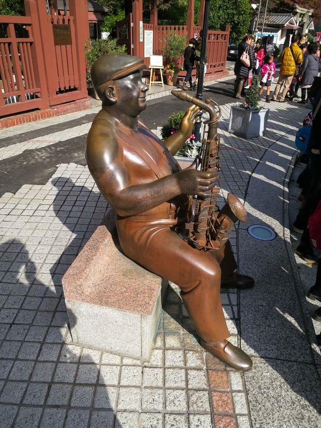 北野町広場の銅像 4_edit