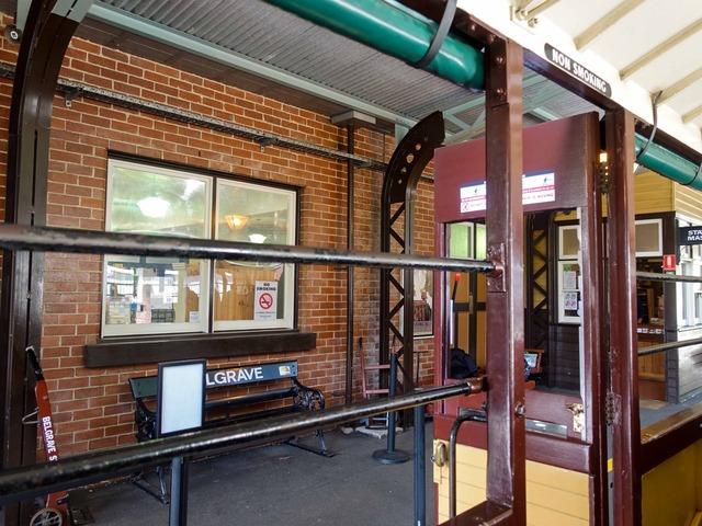 機関車(Belgrave 駅) 5_edit