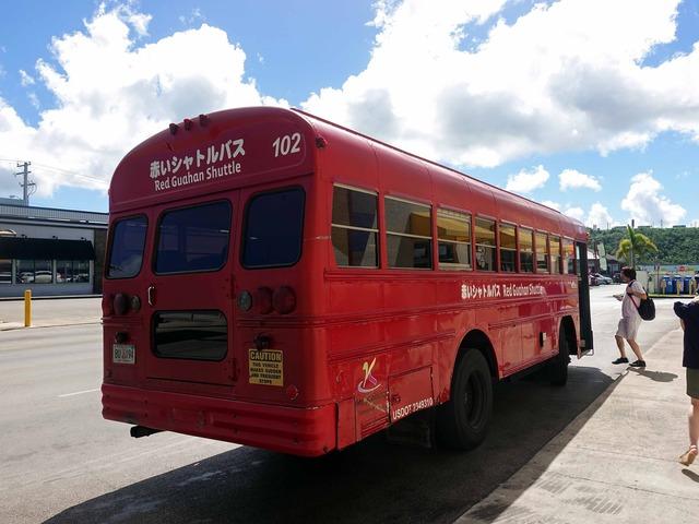 赤いシャトルバス 14_edit