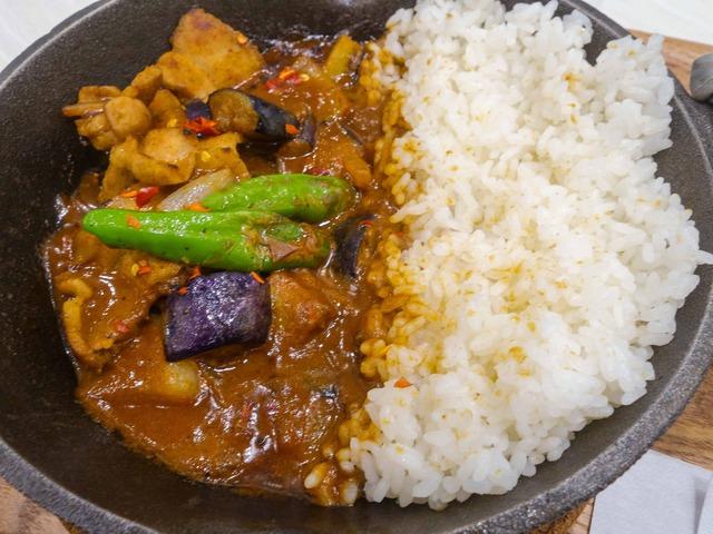 茄子と豚肉の旨味噌炒めカレー 3_edit
