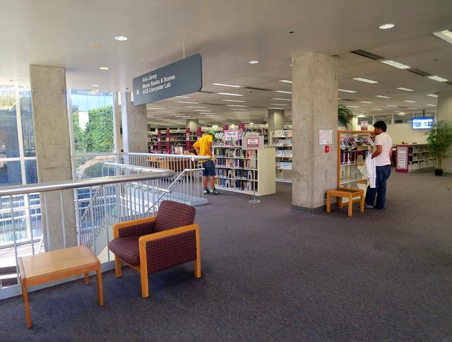 Geisel Library 8_edit