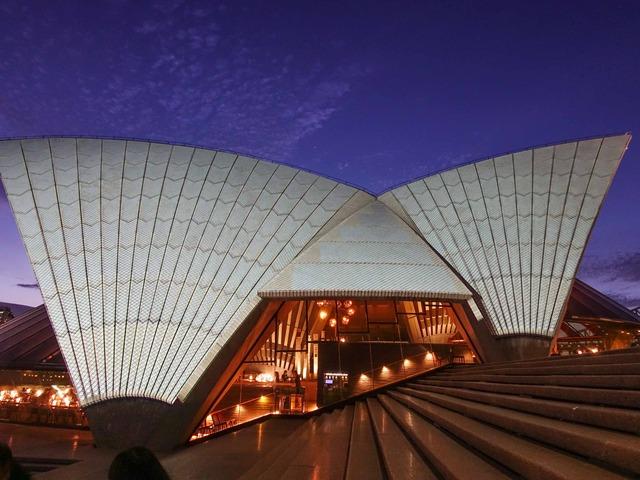 夜のオペラハウス 1_edit