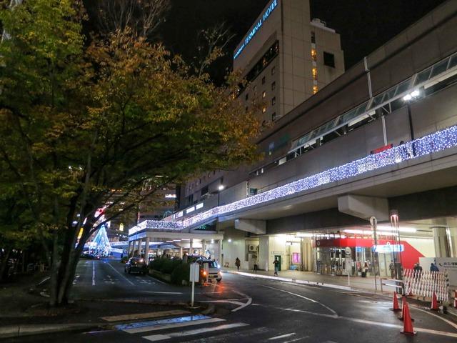 夜の三宮駅 1_edit