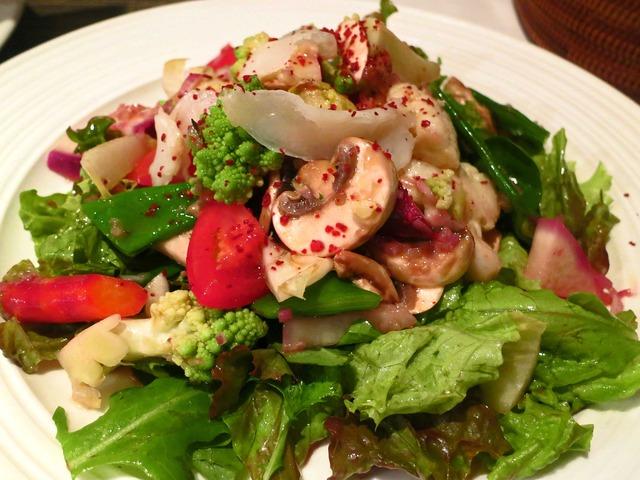 有機野菜のメリメロサラダ 和牛の自家製ラルド添え 1_edit
