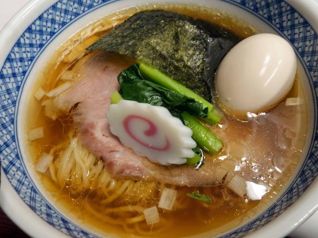 羅臼昆布と鮭節の中華そば+味玉 1_edit