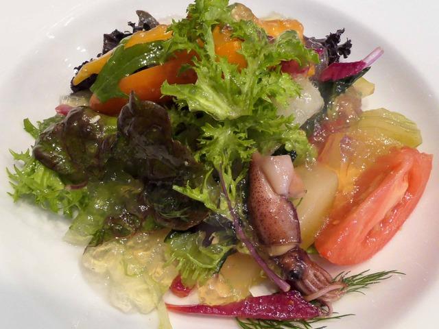 ホタルイカ,フレッシュチーズ,オーガニック野菜のサラダ 3_edit